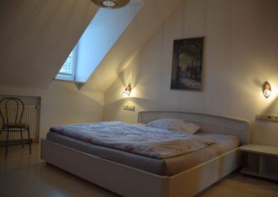 Ferienwohnung Offenburg Waidele - Schlafzimmer 02
